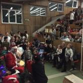 Karácsonyi ajándékosztás a Pécsi Gyermekklinikán